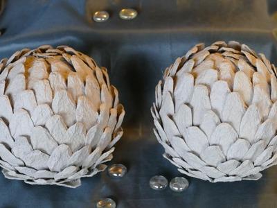 Kugeln basteln mit Eierwaben - Wohndeko - Recyclingbasteln– sehr einfach