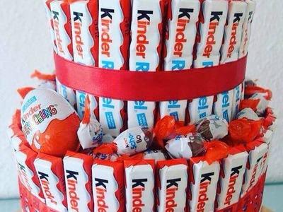 DIY Kinderriegel Geschenk Torte. Kreative Geschenk Idee. Torte aus Kinderriegel